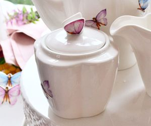 butterfly, cafe, and Porcelana image