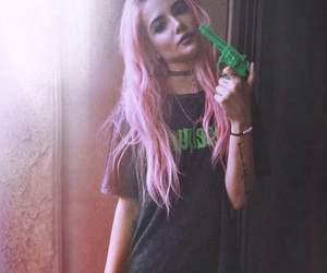 halsey, grunge, and pink image