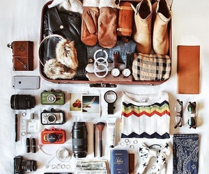 voyage, valise, and montre image