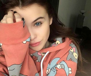 girl, beauty, and acacia brinley image