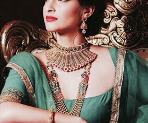 bollywood, fashion, and sonam kapoor image