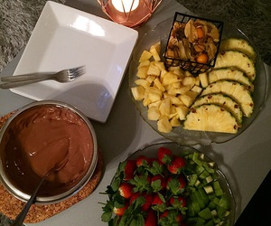 chocolate, strawberry, and cozy image