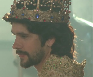 ben whishaw and the hollow crown image