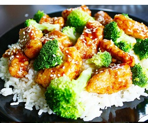 food, broccoli, and Chicken image