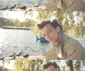 louis tomlinson, one direction, and night changes image