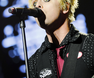 billie joe armstrong, green day, and band image