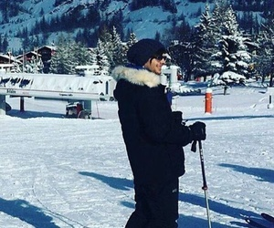 france, louis tomlinson, and holidays image