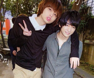 hey say jump, 知念侑李, and 伊野尾慧 image