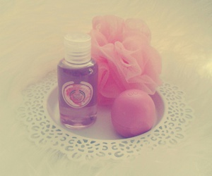 beauty, eos, and pink image