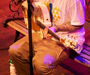 guitar and mac miller image