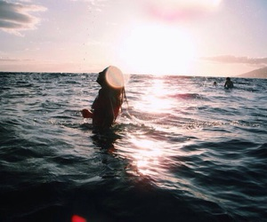 aesthetic, alternative, and beach image