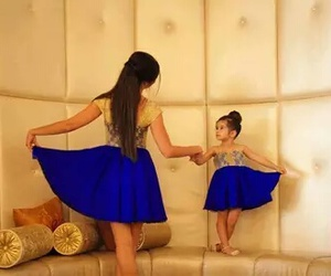 blue, cheveux, and mom image