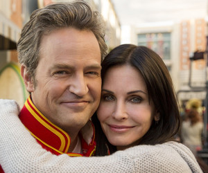 Courteney Cox, Matthew Perry, and friends image