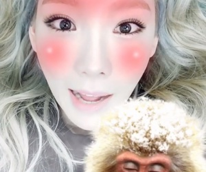 Queen, taeyeon, and snsd image
