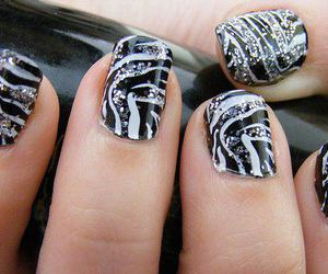 nails, glitter, and zebra image