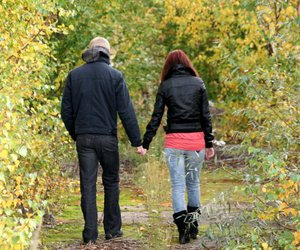 autumn, hands, and love image