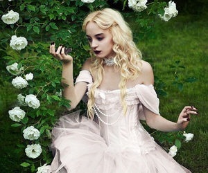alice in wonderland, beautiful, and cosplay image