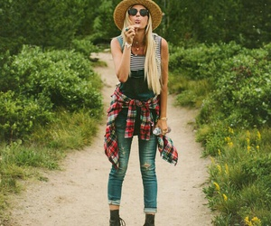 blonde, indie, and picnic image