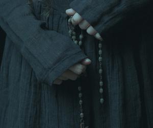 girl, rosary, and laura makabresku image