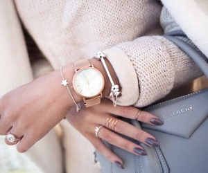 fashionista, beige sweater, and nails on fleek image