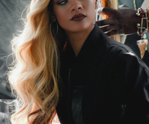 rihanna, riri, and hair image