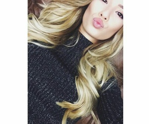 youtube, german youtuber, and paola maria image