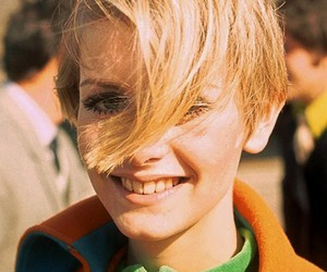 twiggy, blonde, and vintage image