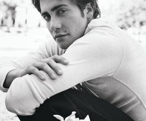 jake gyllenhaal and sexy image