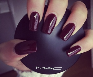 nails and mac image