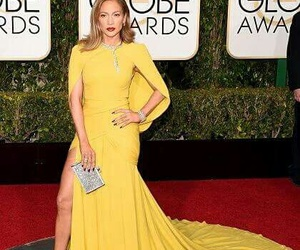 red carpet, golden globe awards, and Jennifer Lopez image