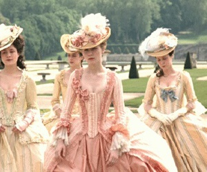 dress and marie antoinette image