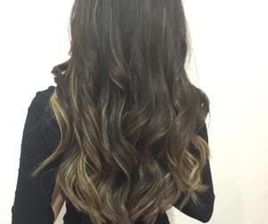 hair, californianas, and mechas image
