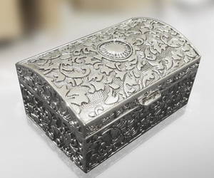 jewelry box, silver plated gifts, and chest box image