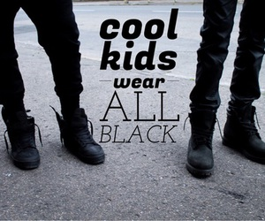 black, alternative, and clothes image