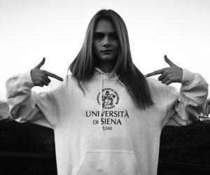 cara delevingne, model, and icon image