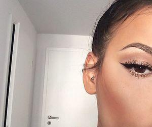makeup, girl, and eyeliner image
