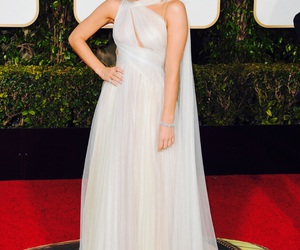 golden globes and brie larson image