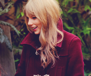 blond, eyes, and Taylor Swift image