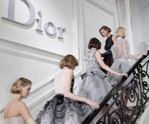 fashion show and dior image