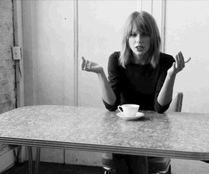 selena gomez, Taylor Swift, and tay image