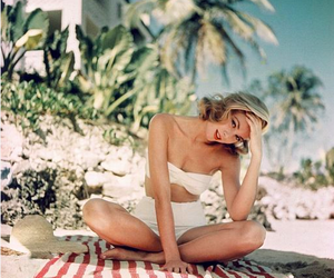 beach, grace kelly, and vintage image