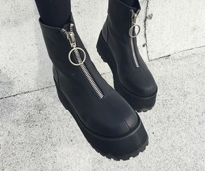 boots, fashion, and unif image