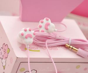 pink, kawaii, and earphones image
