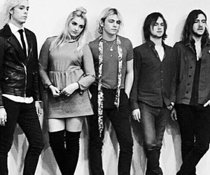 r5, r5family, and love image