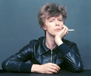 david bowie, bowie, and cigarette image