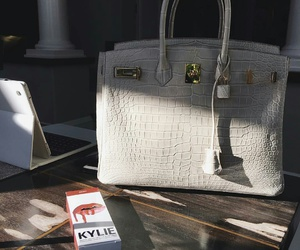 kylie jenner, bag, and luxury image