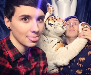 amazingphil, danisnotonfire, and dan howell image