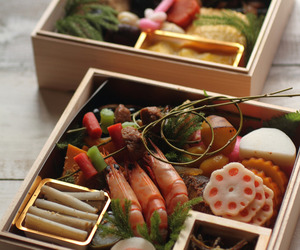 lunchbox, japanese dinner, and lunch boxes image