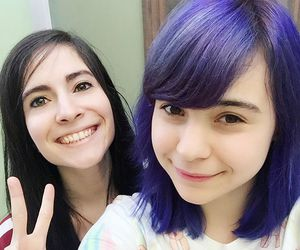 blue hair, chile, and iviiween image