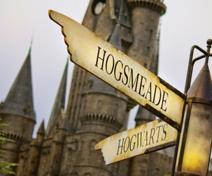 harry potter, sign, and hogsmeade image